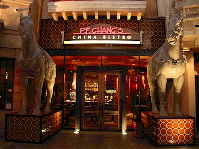 P.F. Chang's China Bistro: A great place for food-allergic/gluten-intolerant diners to eat